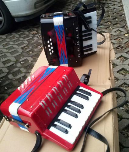 ABC Latino mini harmonika